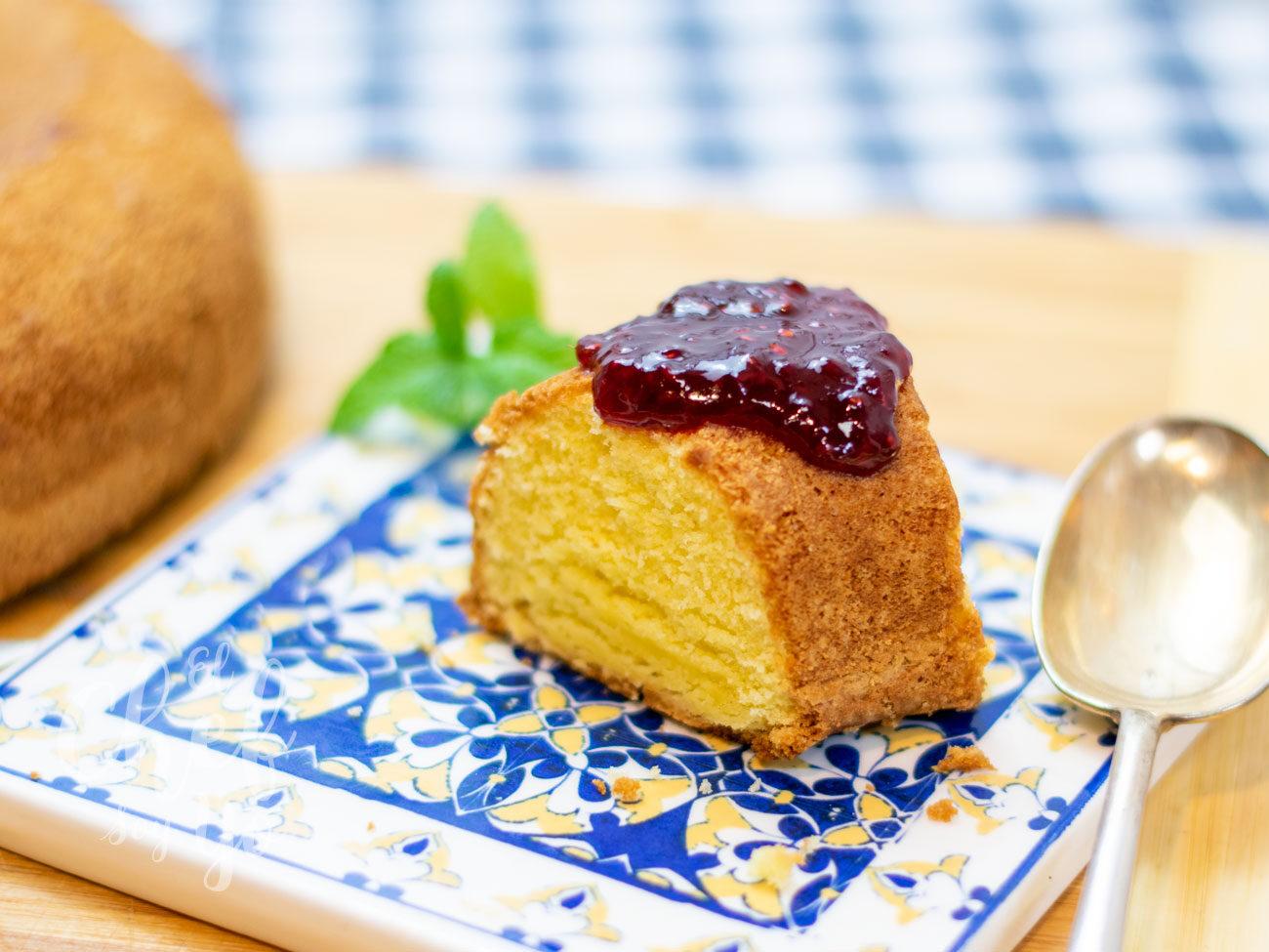 Torta de Guitiriz (bizcocho de maíz)