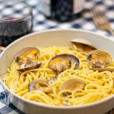 Spaghetti vongole - Espaguetis con almejas