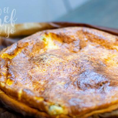 Torta de salmón y queso azul